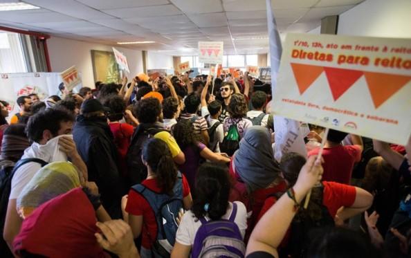 manifestação alunos CO de outubro de 2013